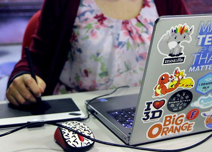 Acosta Laptop