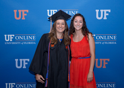 Uf Commencement Fall 2020.Uf Grads Via The Uf Online Pathway Celebrated Their